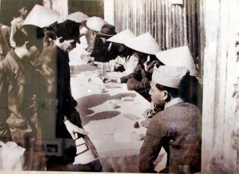 Nhân dân Hà Nội bỏ phiếu bầu Quốc hội khóa I. Ảnh tư liệu
