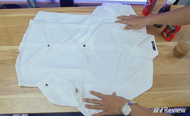 Thử nghiệm với áo trắng.