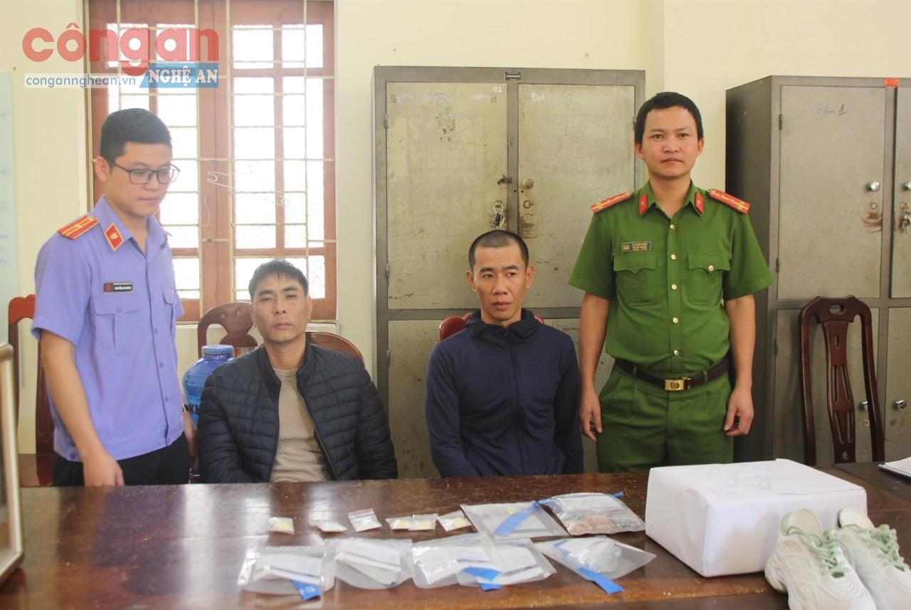 Công an huyện Hưng Nguyên bắt giữ 2 đối tượng, triệt xóa đường dây               mua bán trái phép chất ma túy xuyên quốc gia