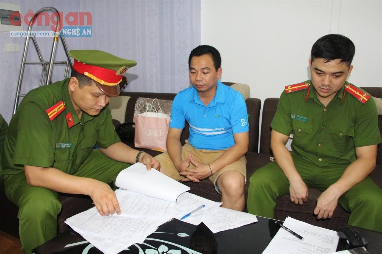 Cơ quan CSĐT thực hiện khám xét, bắt giữ cán bộ Ban Dân tộc tỉnh Nghệ An để điều tra sai phạm liên quan đến Đề án Ơ Đu