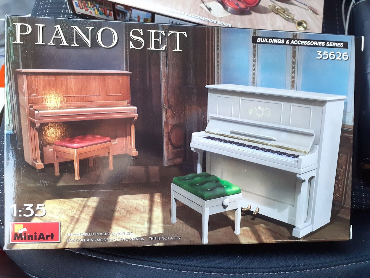 Piano Set Miniart ACtC-3eSc-o0B4ubjdbTjHHlpUJcX92zRPjjMzsaKWRJLxsevB0VDABIs-IXCwExVZu82FxD2Xb8YUihocuWvdenP8xQG_9jAvgafp7sZhA2D5aRJSaFnf_JLeaaAT4c_CsCu6biiF1RL3eLByGDCqs_tcJn_g=w1250-h938-no?authuser=0