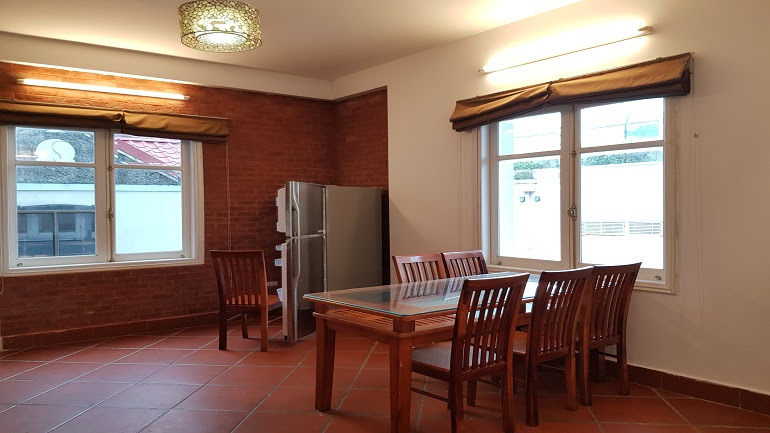 Big balcony 2 – bedroom apartment in Tu Hoa street, Tay Ho district for rent