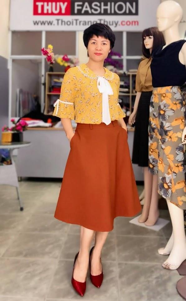 Mix đồ áo sơ mi với chân váy xòe midi V734 thời trang thủy thái bình