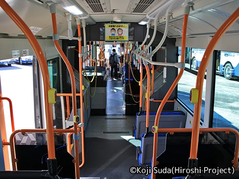 JRバス関東 白河 日野ブルーリボン連節バス 2170 車内_02