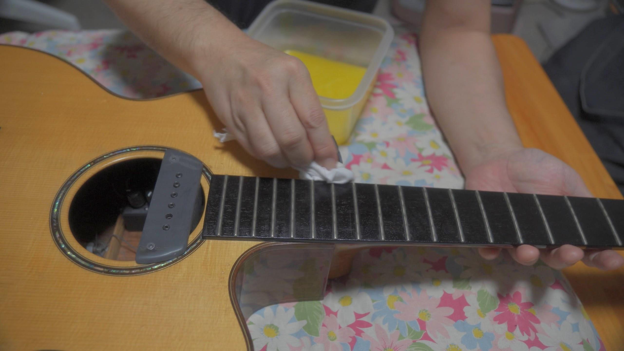 ギターに蜜蝋ワックスは最強かもしれない(蜜蝋ワックスの作り方)