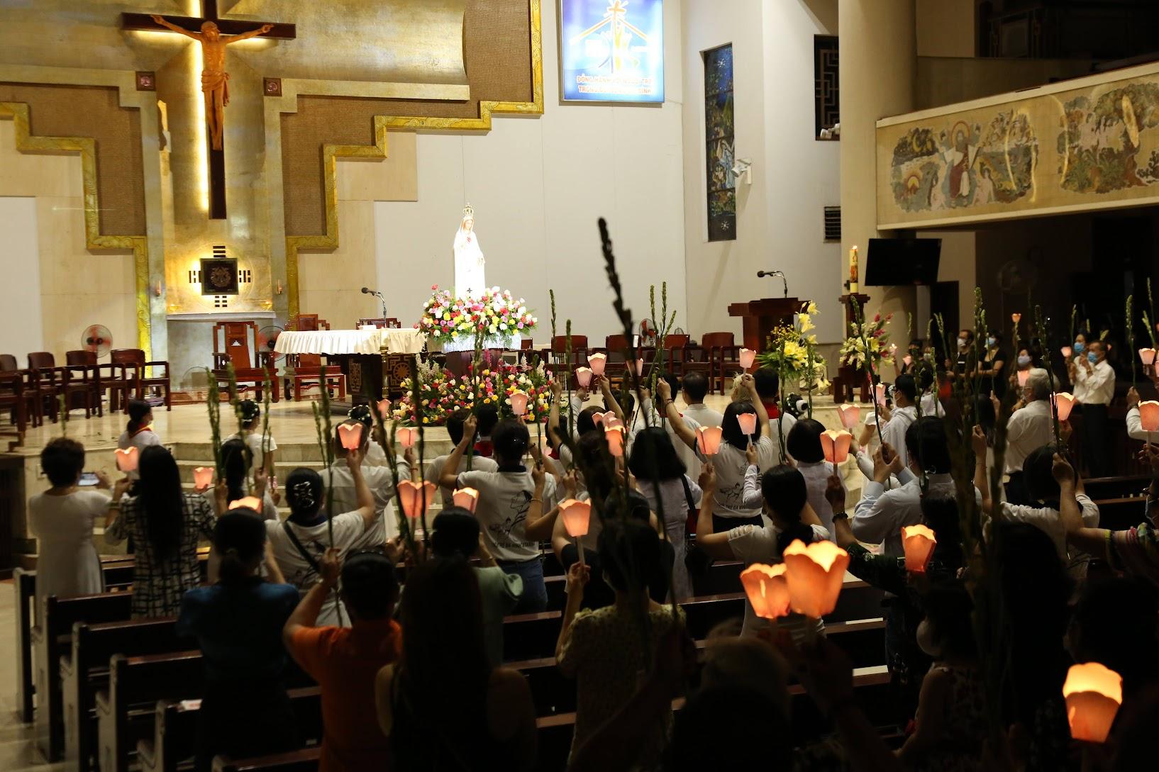 Thánh Lễ Tạ Ơn Và Nghi Thức Tôn Vinh Đức Mẹ Fatima 13.5.2021