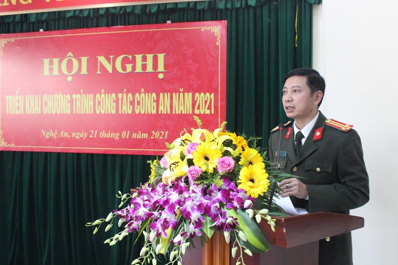 Đồng chí Trung tá Nguyễn Văn Đạo, Trưởng phòng Tham mưu phát biểu tại Hội nghị