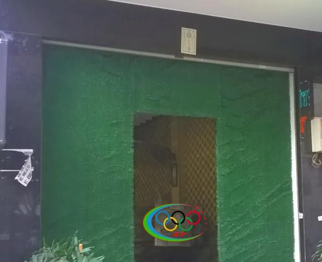 Trang hoàng tiểu cảnh trong căn nhà độc lạ với Thảm cỏ nhựa