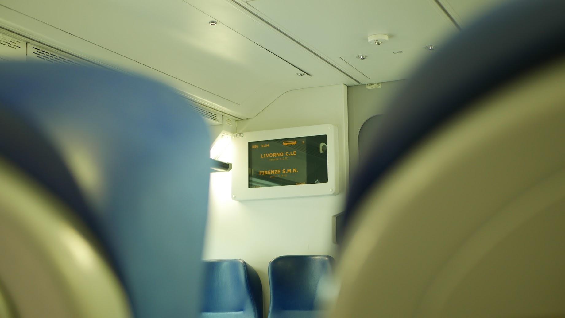 フィレンツェ行の列車