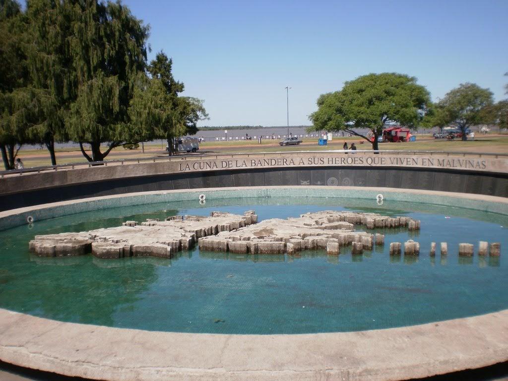 Monumento a los caidos en las malvinas Rosario