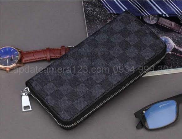 Camera ngụy trang dạng ví cầm tay