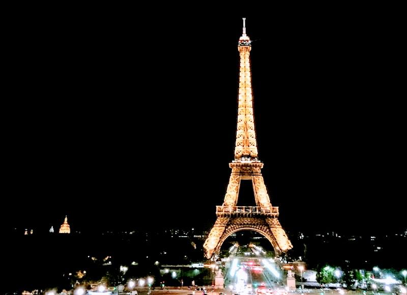 エミリー、パリへ行く SAVOIRのパーティ シャイヨー宮 Café de l'Homme