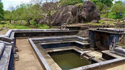Vessagiriya or Issarasamanarama