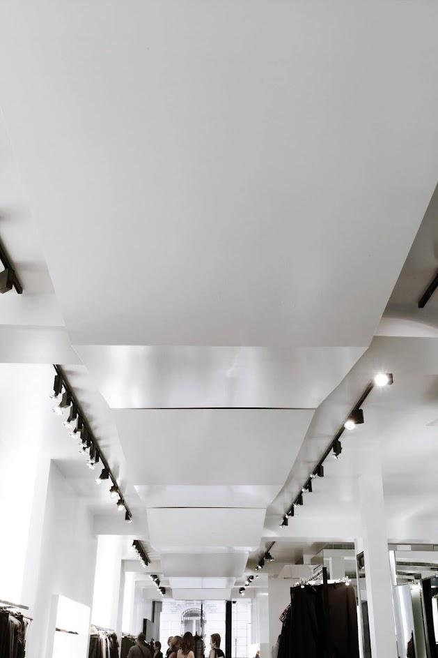 hệ thống đèn cửa hàng