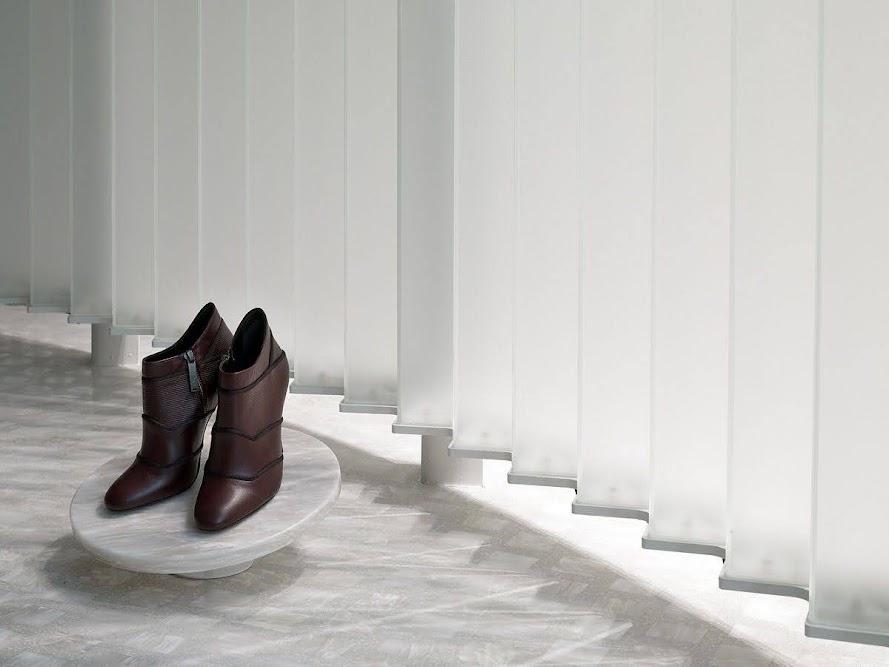 kệ giày của hàng