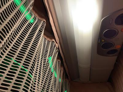 佐野サービスエリア到着時の照明