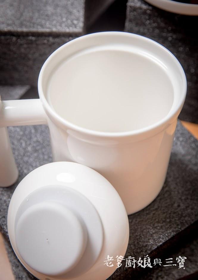 讓「富力森FURIMORI智慧電燉養生杯」帶給我們度過天氣涼颼颼的一杯暖意