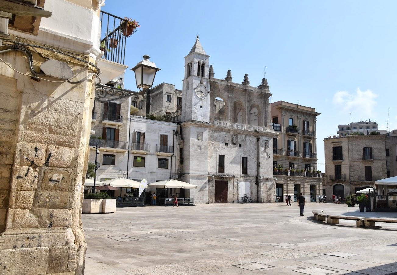 Piazza Mercantile Bari