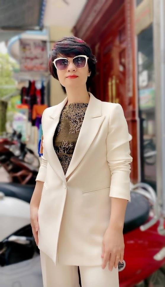 Áo vest nữ dáng suông và quần suông ống rộng V745 thời trang thủy ở đà nẵng