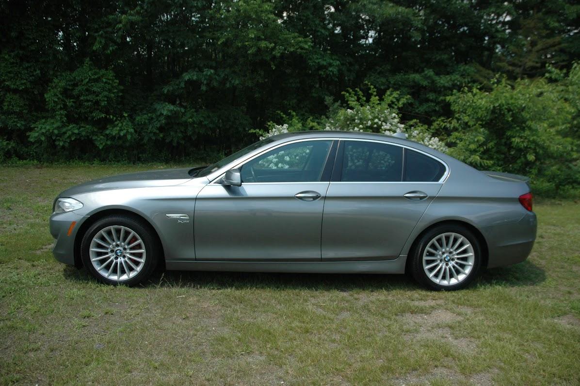 2011 BMW 535xi Gray