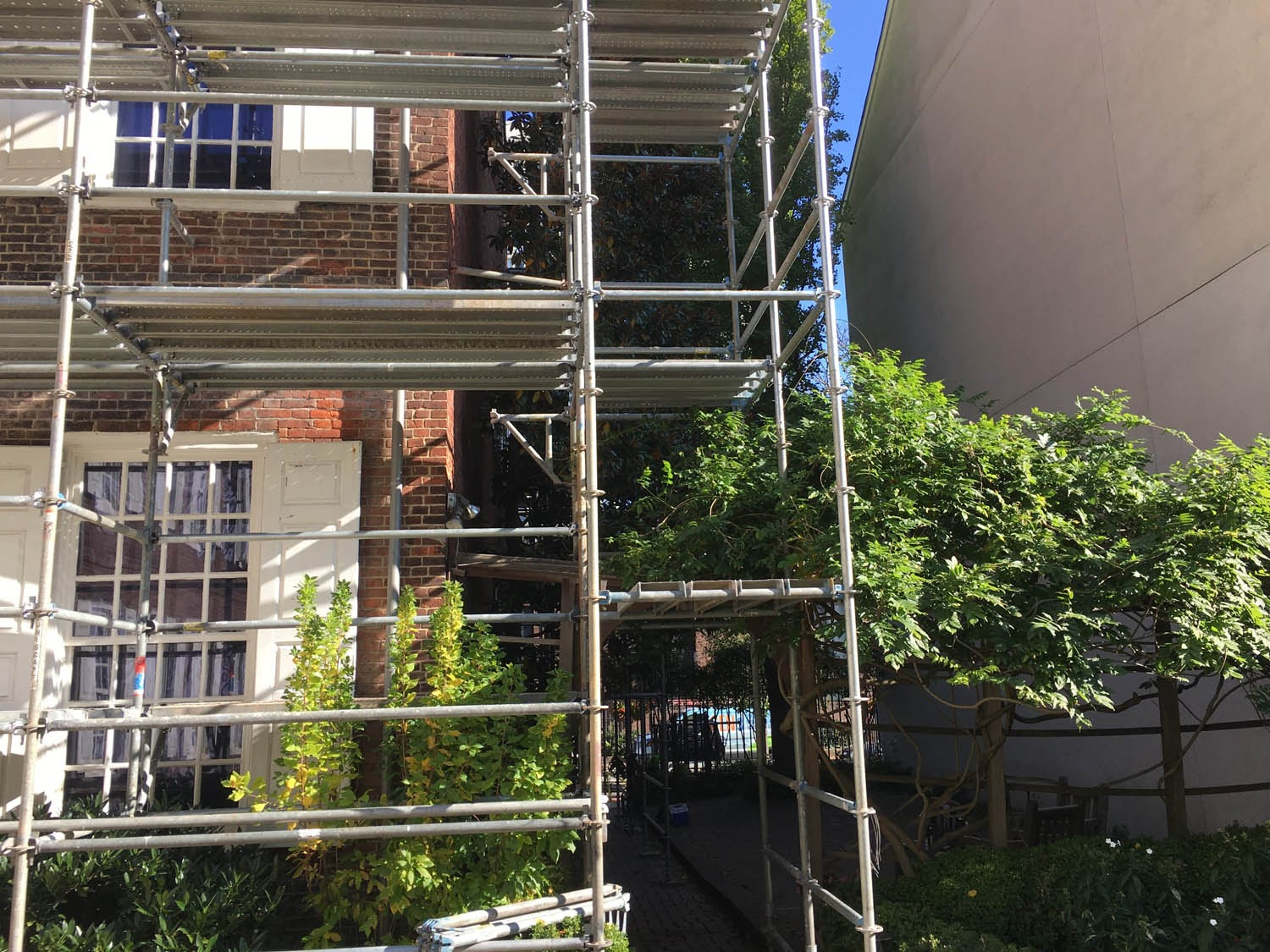 Scaffold, scaffolding, scaffolding, rent, rents, scaffolding rental, construction, ladders, equipment rental, scaffolding Philadelphia, scaffold PA, philly, building materials, NJ, DE, MD, NY, renting, leasing, inspection, general contractor, masonry, 215 743-2200, superior scaffold, electrical, HVAC, swing stage, swings, suspended scaffold, overhead protection, canopy, transport platform, lift, hoist, mast climber, access, buck hoist, powel house, historic