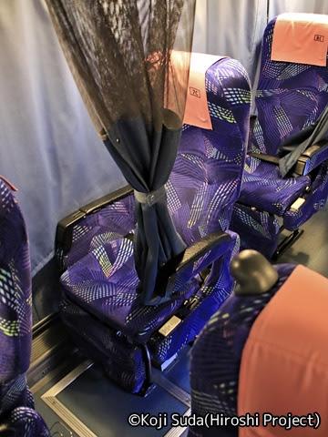 長電バス「ナガデンエクスプレス」大阪線 1453 シート
