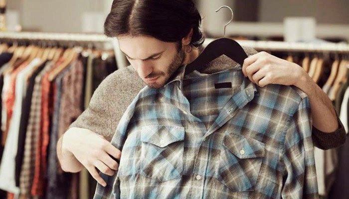 Mặc quần áo khi vừa sấy xong