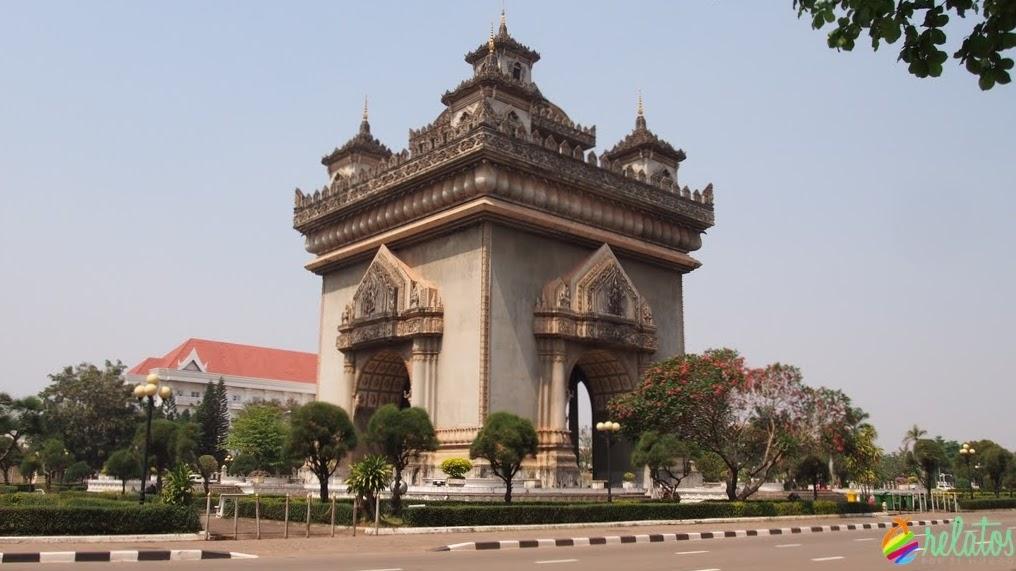 Arco del Triunfo Vientiane