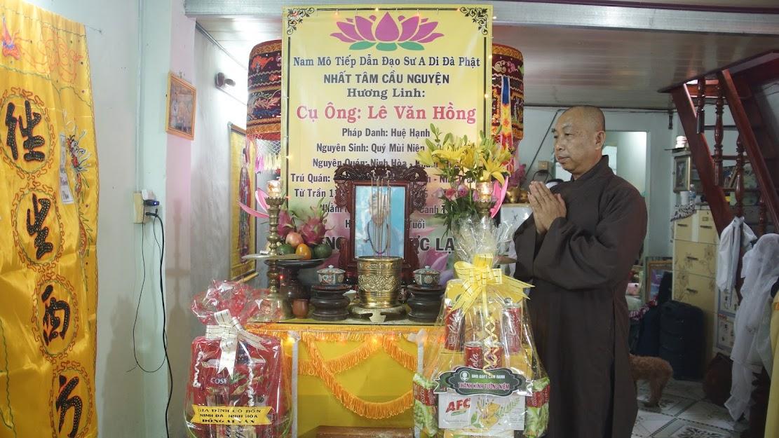 Ban Hướng dẫn GĐPT Cam Ranh và Ban Huynh trưởng GĐPT Kỳ Viên viếng tang thân phụ của TT Thích Tế Đạt