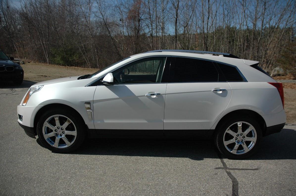 2010 Cadillac SRX 4 White