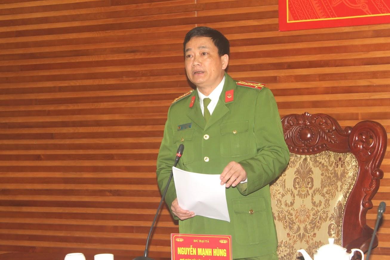 Đại tá Nguyễn Mạnh Hùng, Phó Giám đốc Công an tỉnh phát biểu chỉ đạo tại hội nghị