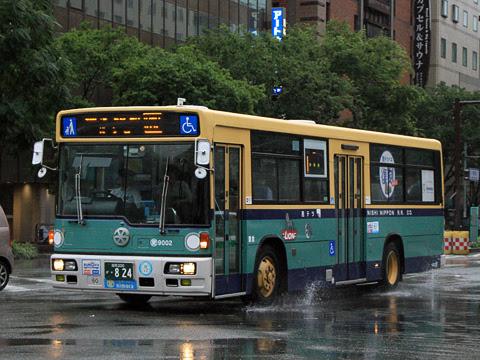 西鉄 愛宕浜 9002 青バス復刻塗装車_01