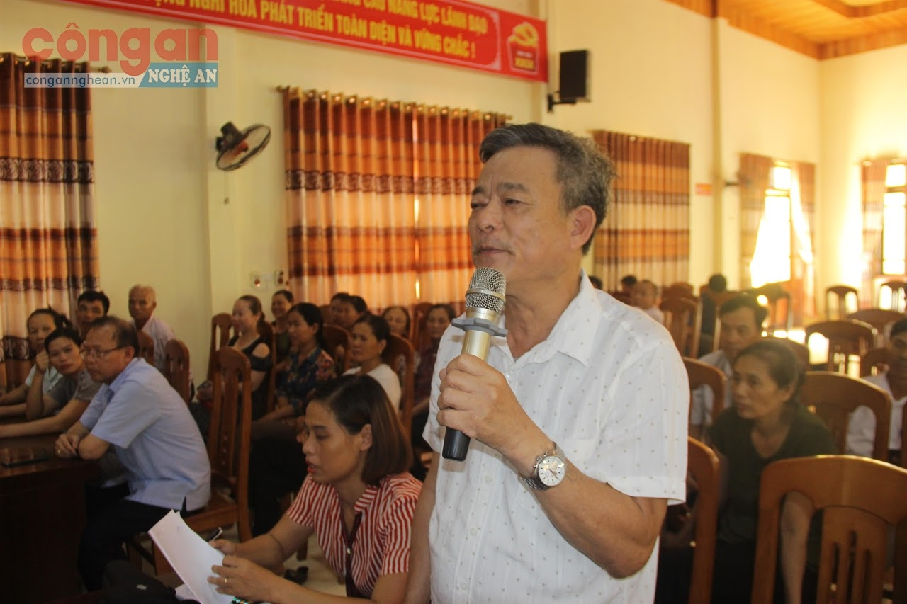 Nhiều kiến nghị của cử tri được gửi đến các đại biểu HĐND tỉnh khóa XVII