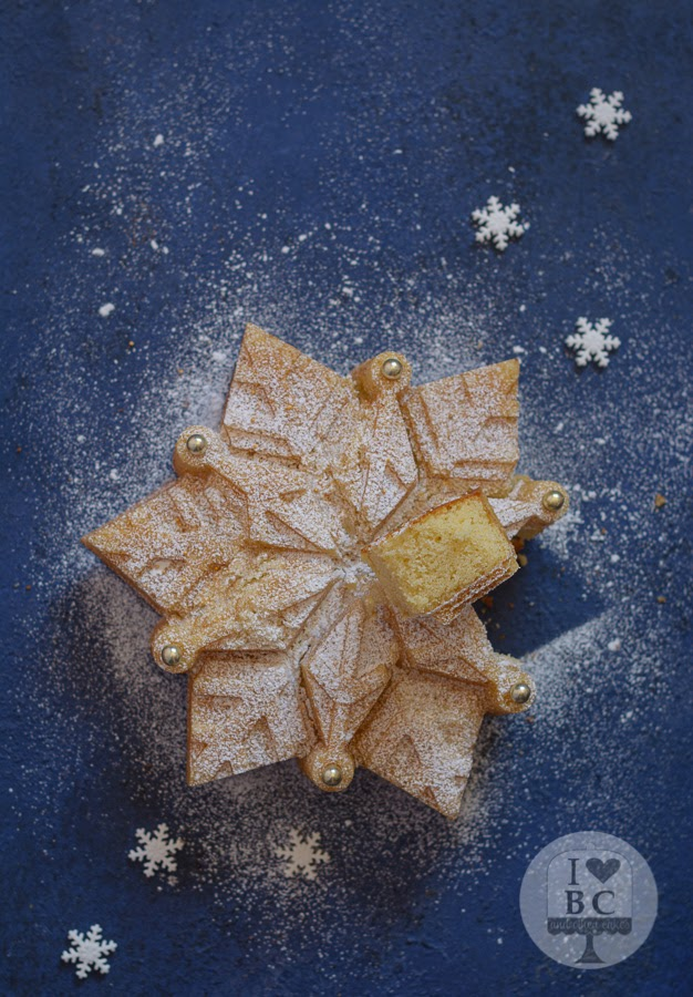 Almond Snowflake Cake.jpg