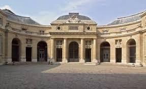 エミリー、パリへ行く Showcase of Cadeau Monnaie de Paris