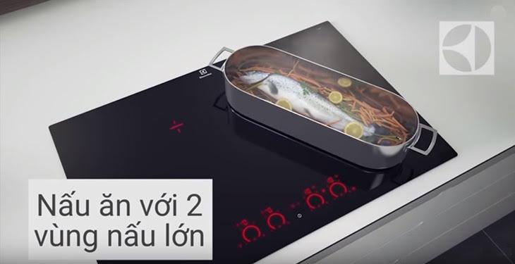 Tính năng InfiniteFlex™ kết nối 2 vùng từ của bếp từ Electrolux EHD8740FOK