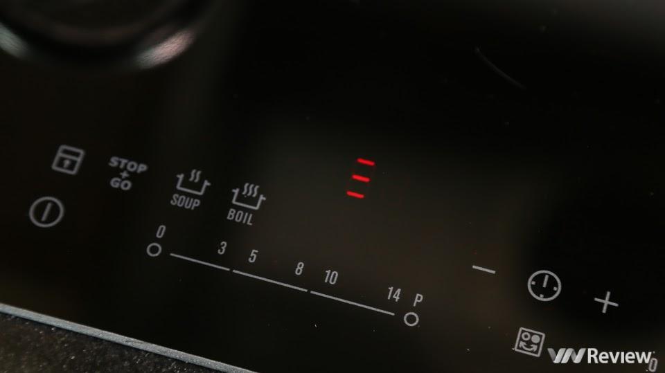 Bếp từ Electrolux EHI7280BA có 14 mức nhiệt