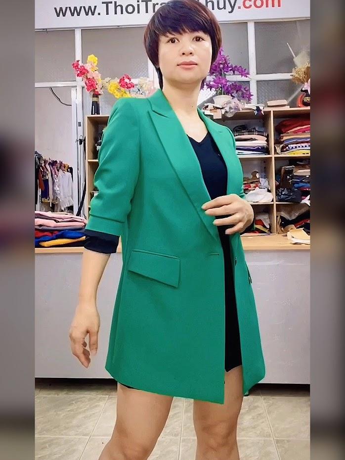Áo vest nữ dáng dài suông màu xanh lá cây Thời Trang Thủy quảng ninh