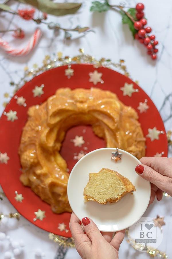 Corona de ron Bundt Cake