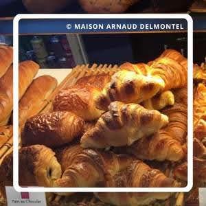 パリのパンオショコラ Maison Arnaud Delmontel メゾン・アルノー・デルモンテル