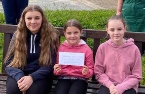'Crafty' sisters in lockdown fundraiser