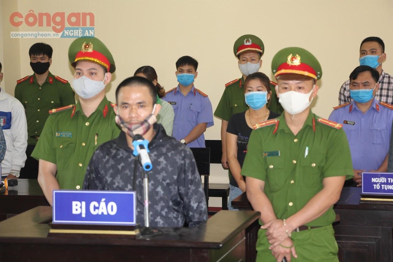 Bị cáo Thái Bá Tuấn tại  phiên tòa