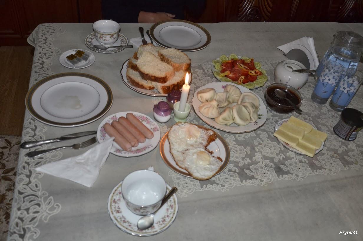 śniadanie wLenjeri Guest House