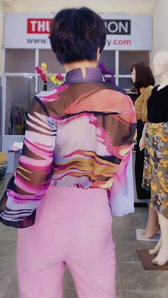 Áo sơ mi nữ mix đồ với quần baggy màu hồng V732 thời trang thủy 2