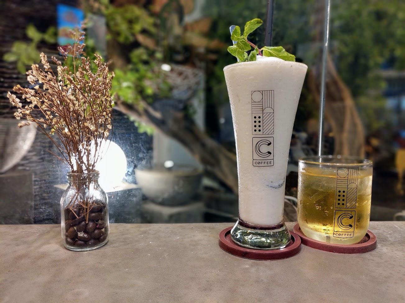 SInh tố mãng cầu ở C Coffee 44 Hoàng Dư Khương quận 10