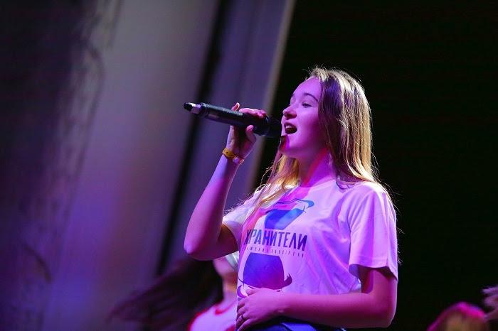 Студентка второго курса ВГИИК взяла ГРАН-ПРИ конкурса юных вокалистов «Детские песни о главном»