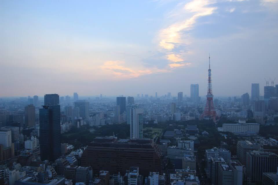 世界貿易センタービルから東京タワーを撮ってきた!