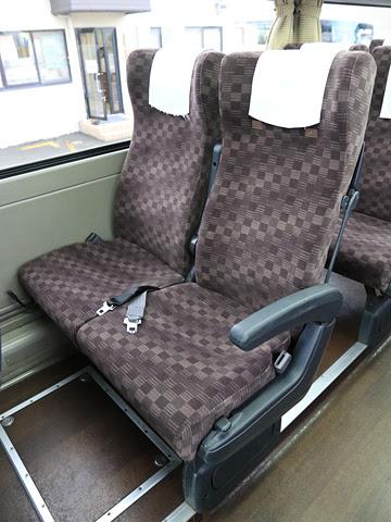 京王バス「中央高速バス白馬線」 シート
