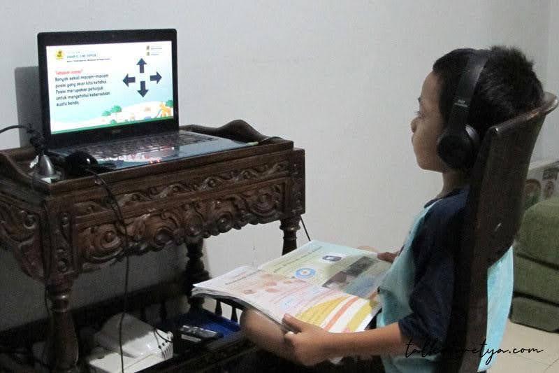 Aktivitas Zinan yang padat selama pandemi dengan pembelajaran jarak jauh