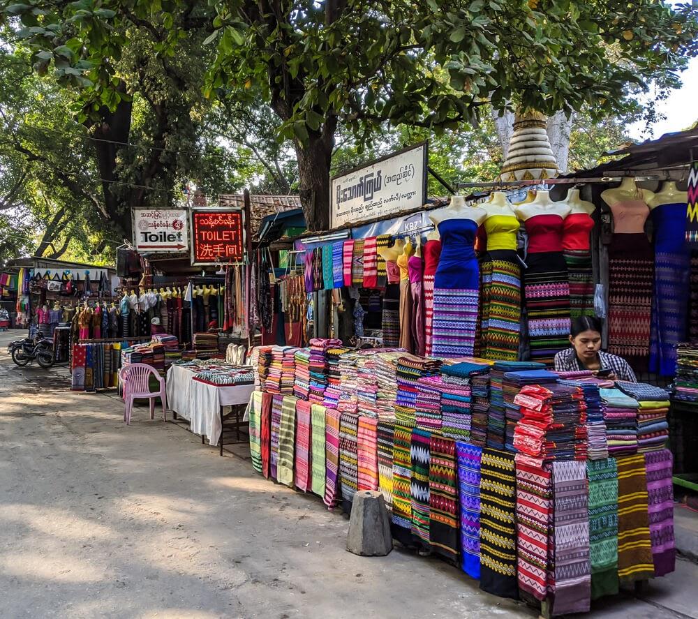 longyis in amarapura market.jpg